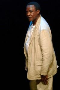 Dieudonné Kabongo Bashila – Bas Les Masques