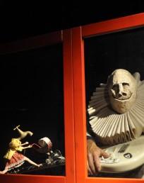Les fenêtres éclairées – Turak, théâtre d'objets